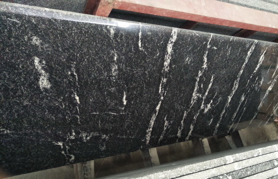Different Color Control Natural Stone Slabs Black Granite With White Vein Material